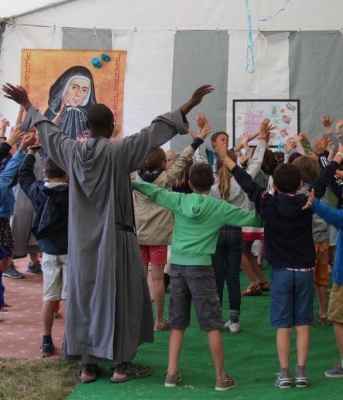 Louange enfant Festival Saint-Jean des Familles