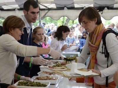 repas Festival Saint-Jean des Familles